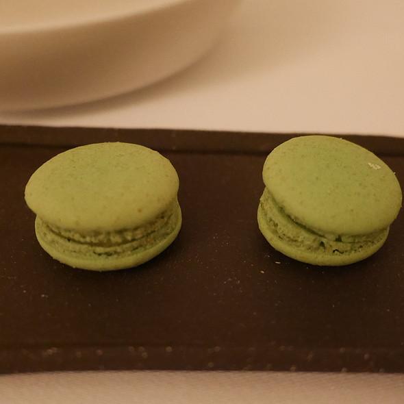 Macarons @ Nagaya