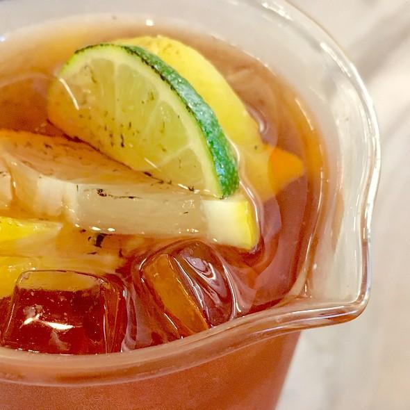 Burnt Citrus Iced Tea @ The Coffee Academics