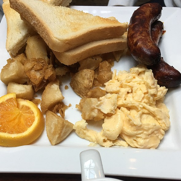 Farmer's Breakfast @ The Cove Neighbourhood Pub