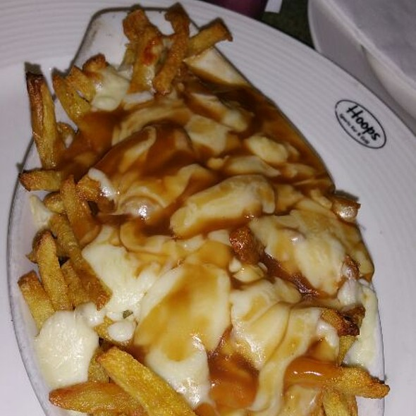 Hoops Poutine @ Hoops Sports Bar & Grill