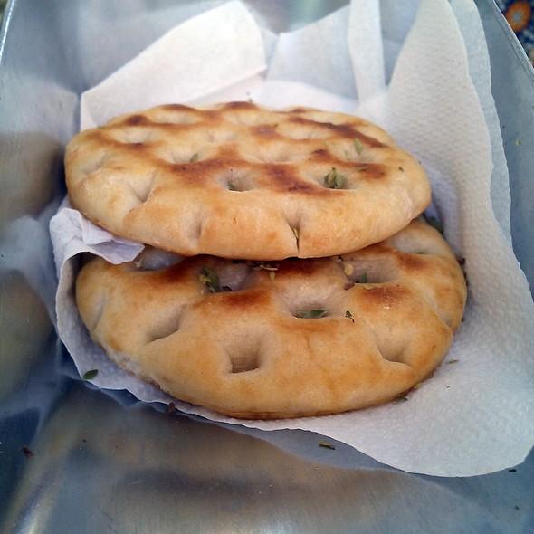 Pita Bread @ Dionisos