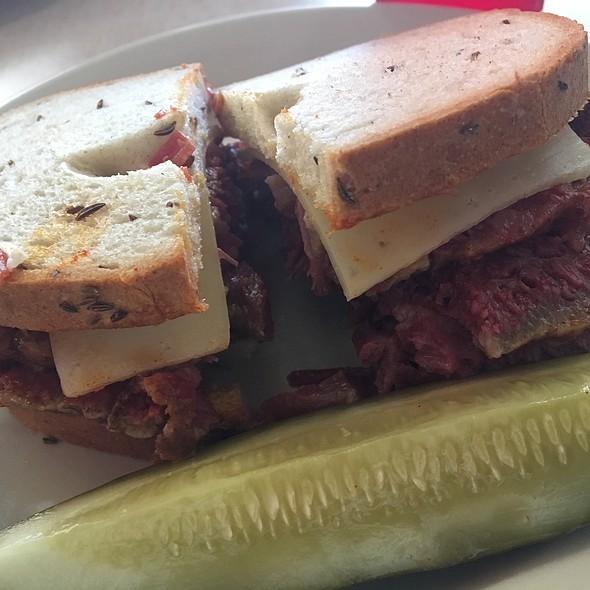 Corned Beef @ Jake's Delicatessen