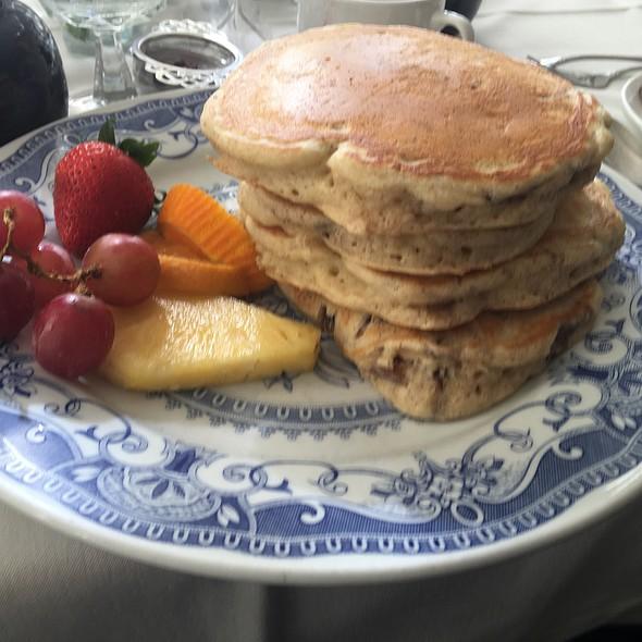 Buttermilk Pancakes @ George Watts Tea Shop