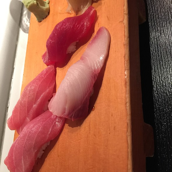 Assorted Tuna Sushi @ Sushi Paradise