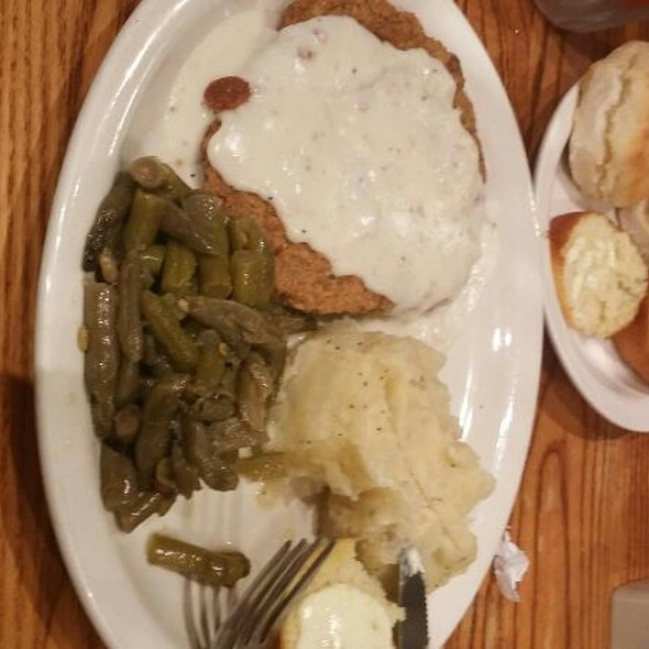 Country Fried Steak with Mashed Potatoes And Veggies @ Cracker Barrel Old Country Str