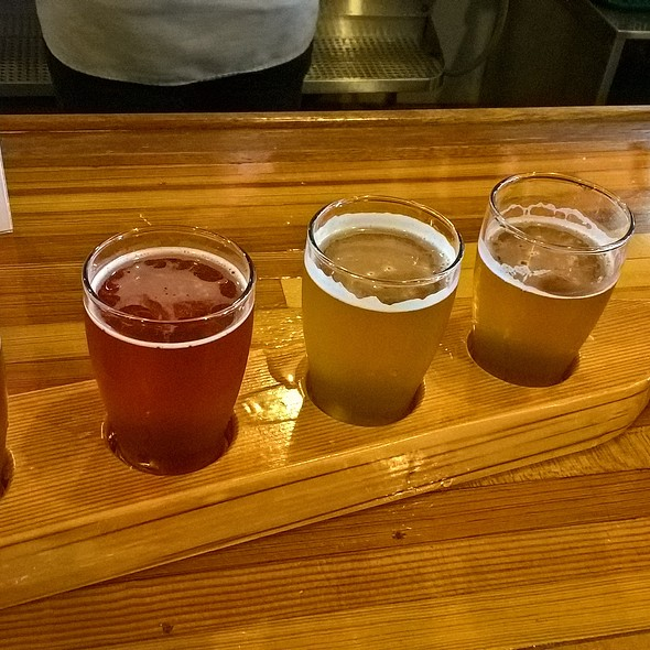 Beer Flight @ Yards Brewing Co