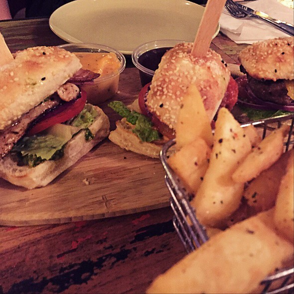 Chicken & Beef Sliders @ The Local Shack