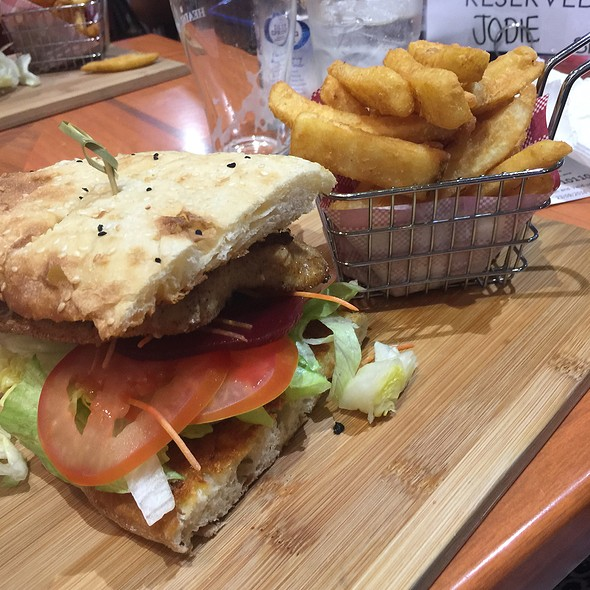 Chicken Burger And Chips @ Norths Devils Leagues Club