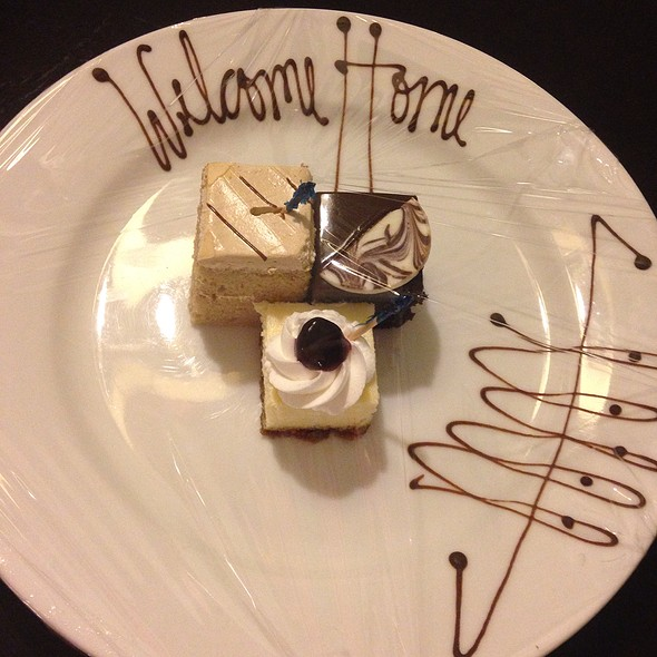 Welcome Desserts @ Discovery Suites