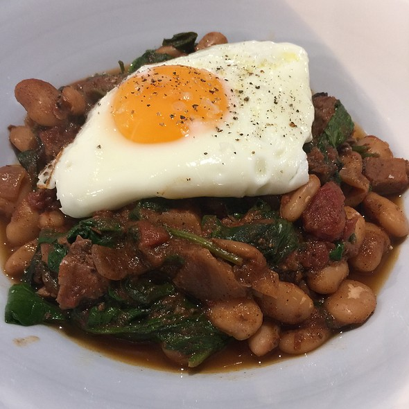 Beans With Pork, Brisket, Spinach And Egg @ Chookys