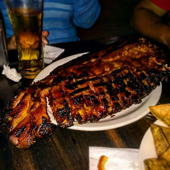 Ribs @ Porky's Burgers and More
