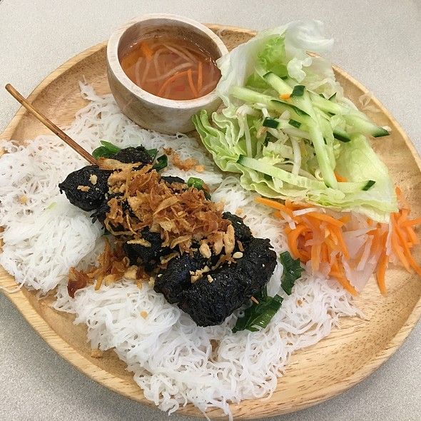 Betel Leaf wrapped Beef @ Moo Moo Pho
