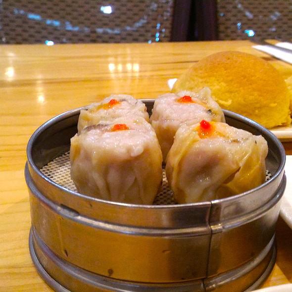 Pork and Shrimp Siomai @ The Dimsum Place