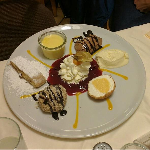 Dessert Karusell
