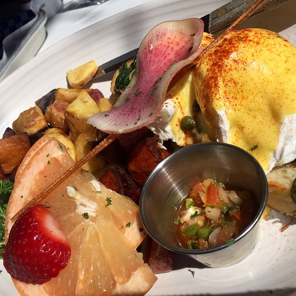 Crab Benedict - Kitchen Story, San Francisco, CA