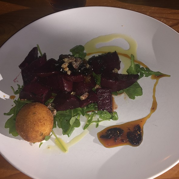 Charred Beet Salad With Goat Cheese Fritter