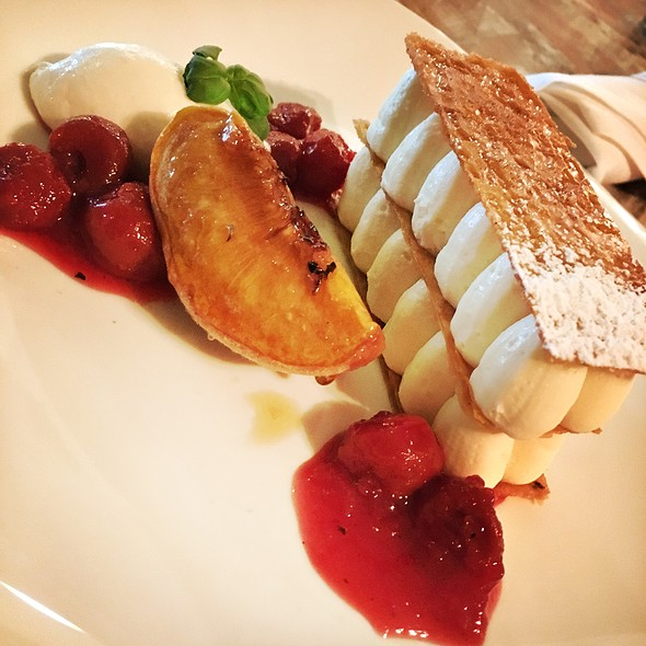 Mille Feuille Cheesecake