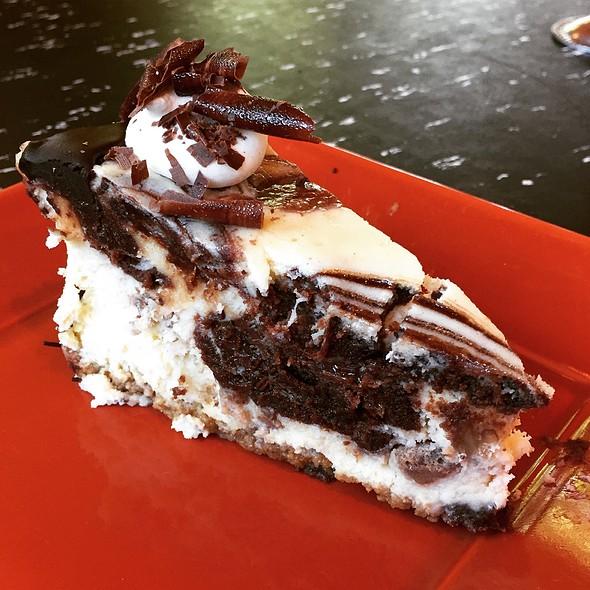 Toffee & Fudge Swirl Cheesecake @ Flying Star Cafe