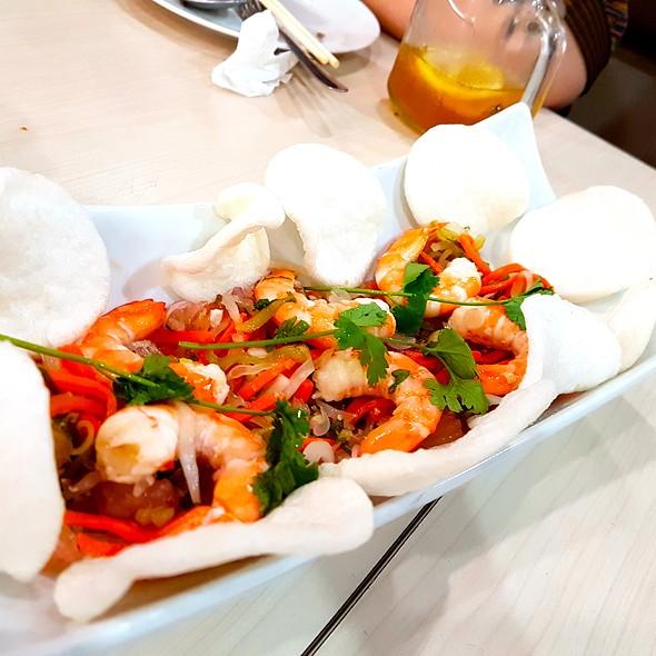 Prawn pomelo salad @ Trà Vinh Authentic Vietnamese Noodles