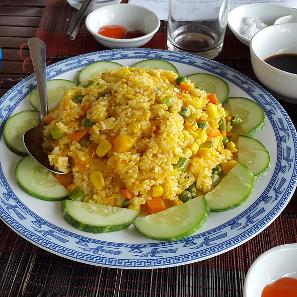 Fried rice with vegatables