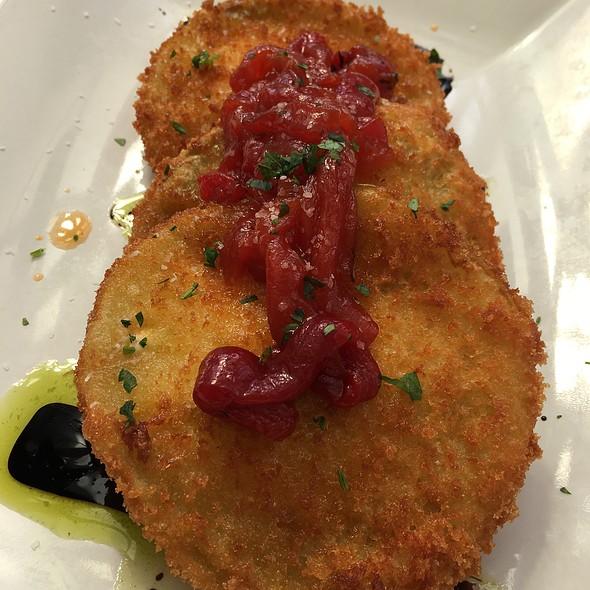 Fried Green Tomatoes - 29 South Eats, Fernandina Beach, FL