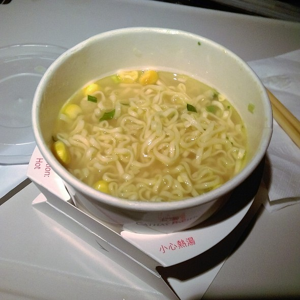 Midnight Instant Noodle @ CX828 HK to Toronto