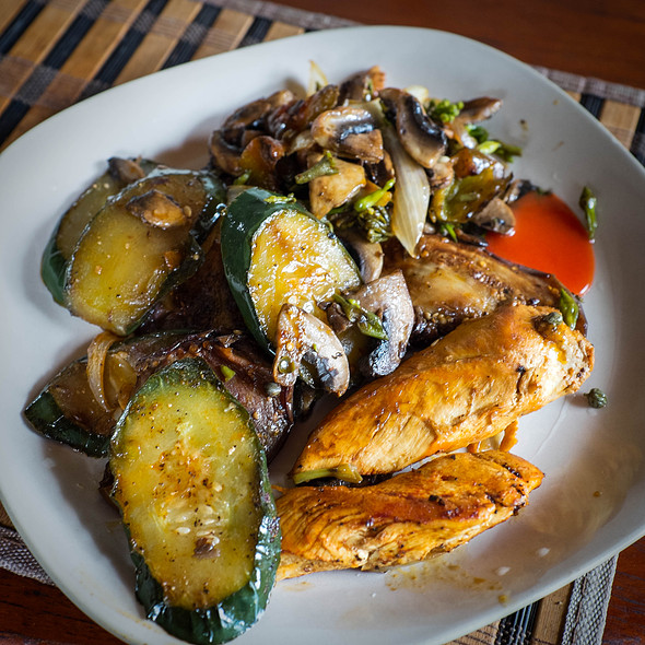 Paprika chicken with roasted courgettes and aubergines @ Villa Strelitzia