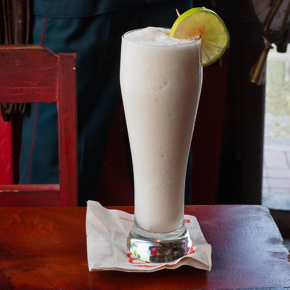 Limonada De Coco @ Streetfood Colombia