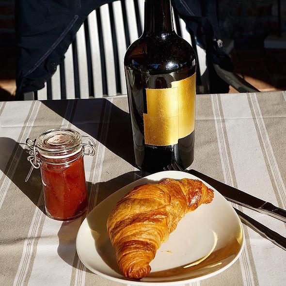 Croissant and plum jam @ Venissa