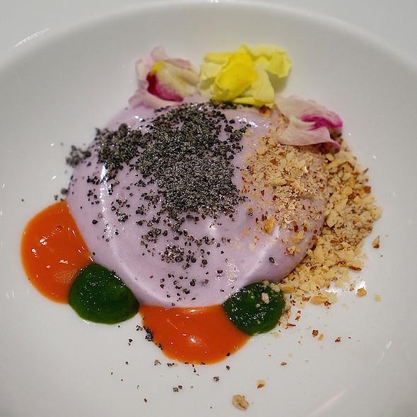 Purple potato cream, blackberry, tomato gel, black sesame, almond @ Venissa