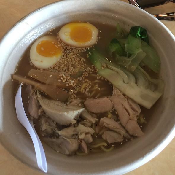 Chicken Schmaltz Ramen Poo Up For Nodu @ Mai Lee Restaurant