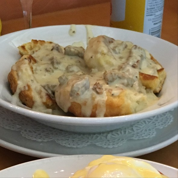 Biscuits and Gravy @ Funky Brunch
