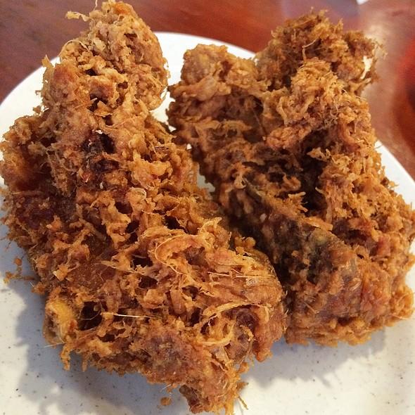 Ayam Goreng Bumbu @ Hjh Maimunah restaurant