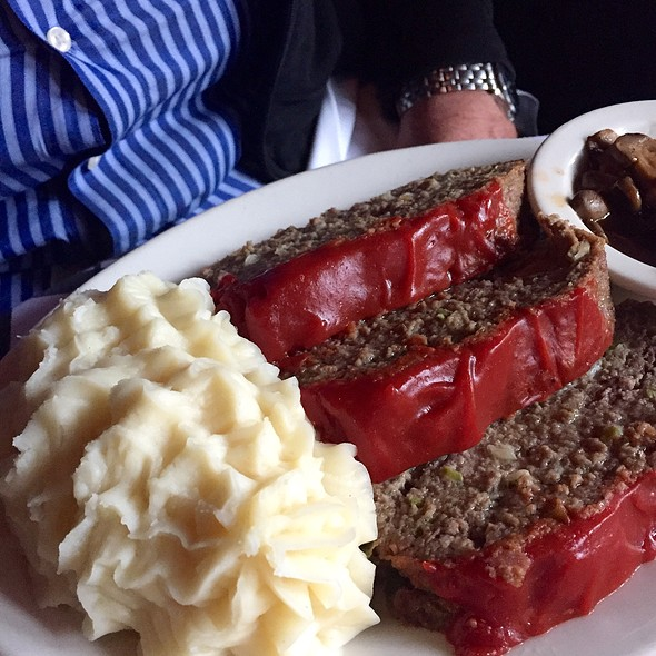 Meatloaf @ Gibson's Steakhouse