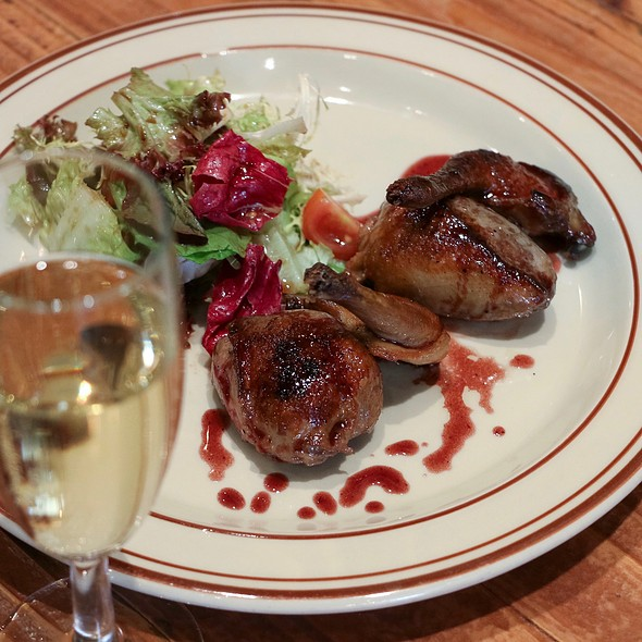 Bistro du vin pigeon rossini en sous vide port jus foodspotting - Vin rossini ...