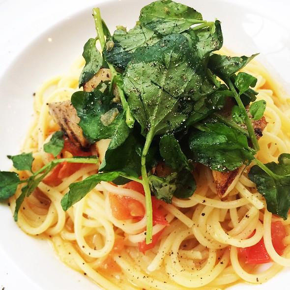 Mekajiki (Broadbill Swordfish) Spaghetti