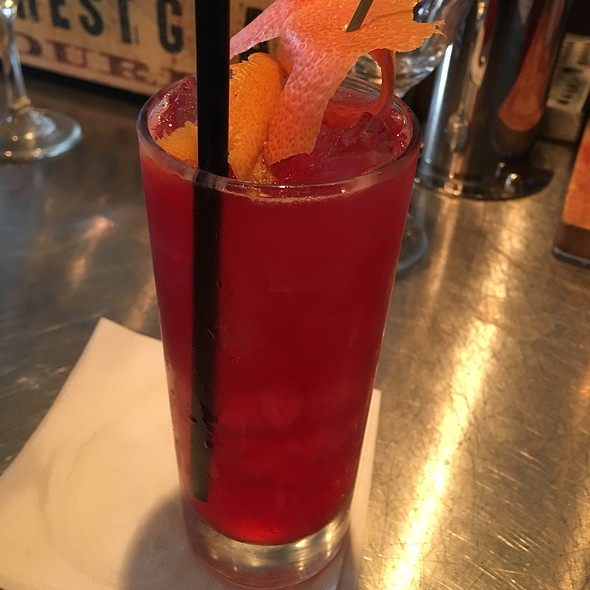 Cocktail Time! - Industriel, Los Angeles, CA