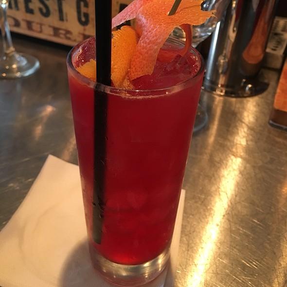 Cocktail Time! @ Industriel