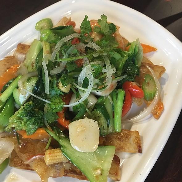 Pho Ap Chao Do Bien @ Vietnamese Noodles