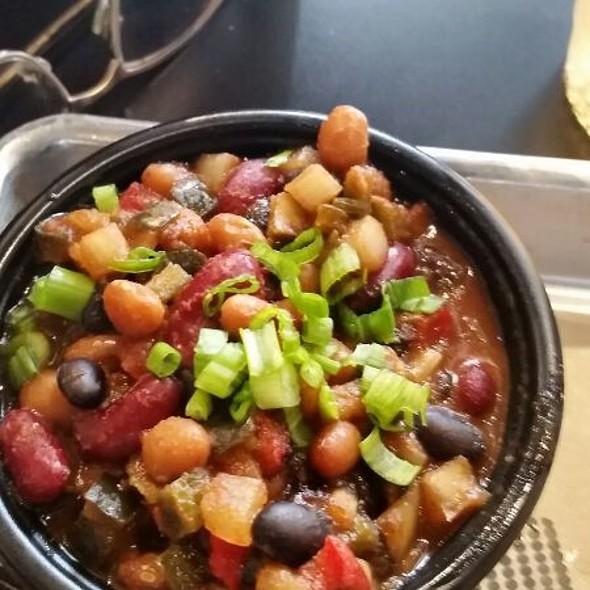 P&M Baked Beans @ Pork & Mindy's