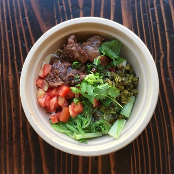 Beef Ban Mian @ Lao Tao Street Food