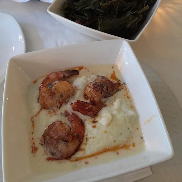 Shrimp and Grits @ Georgia Brown's
