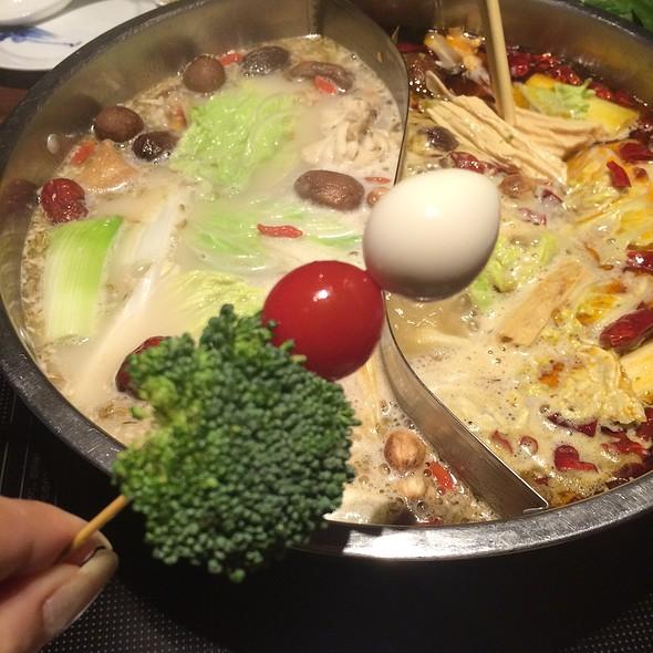 Quail Egg, Tomato & Broccoli On A Stick @ 中国火鍋専門店 小肥羊 渋谷店