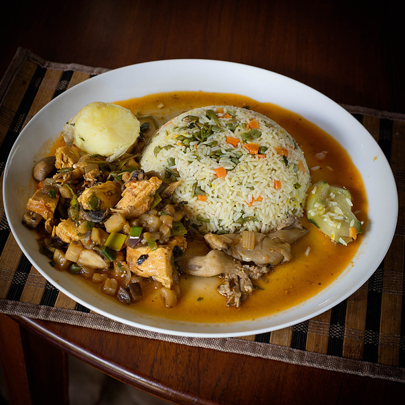 Chicken with oyster mushrooms and aubergine plus rice @ Villa Strelitzia