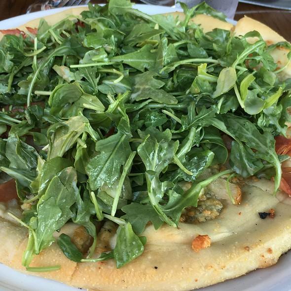Pear, Prosciutto & Gorgonzola Pizza - The Union Kitchen (Memorial Dr), Houston, TX