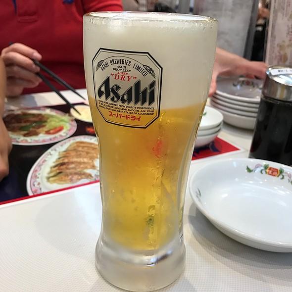 生ビール @ 餃子の王将 東神奈川駅西口店