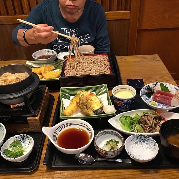 松茸の炊きたて御飯膳 @ 藍屋 宇都宮今泉店