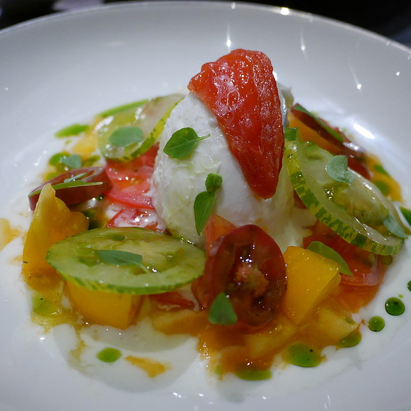 Heirloom Tomatoes & Mozzarella di Bufala @ Bread and Roses