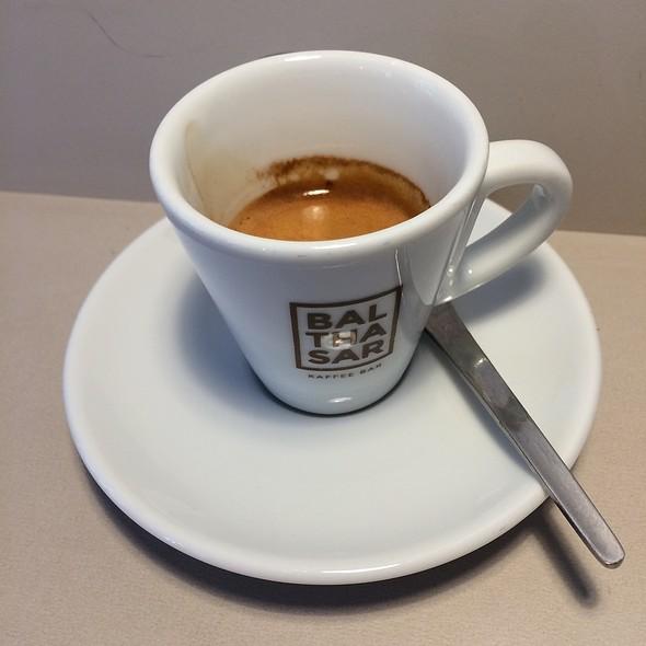 Espresso @ Balthasar Kaffee Bar