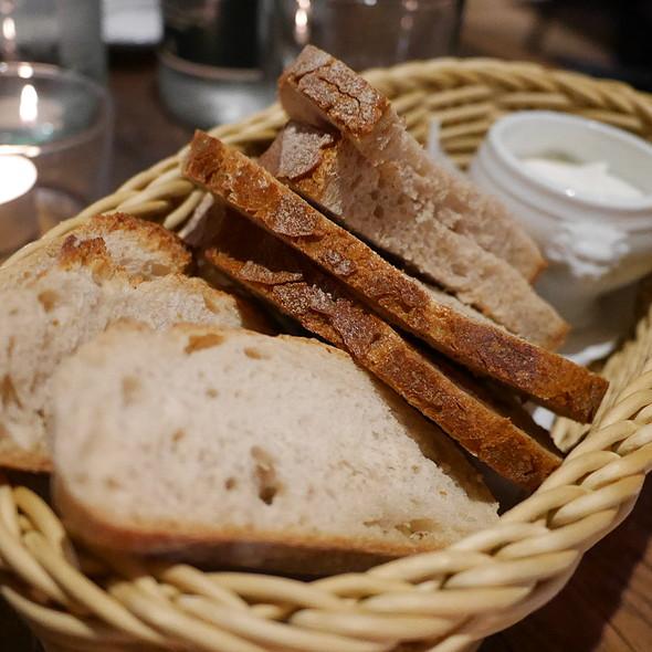 Bread @ ROCAILLE Café Bistrot WineBar